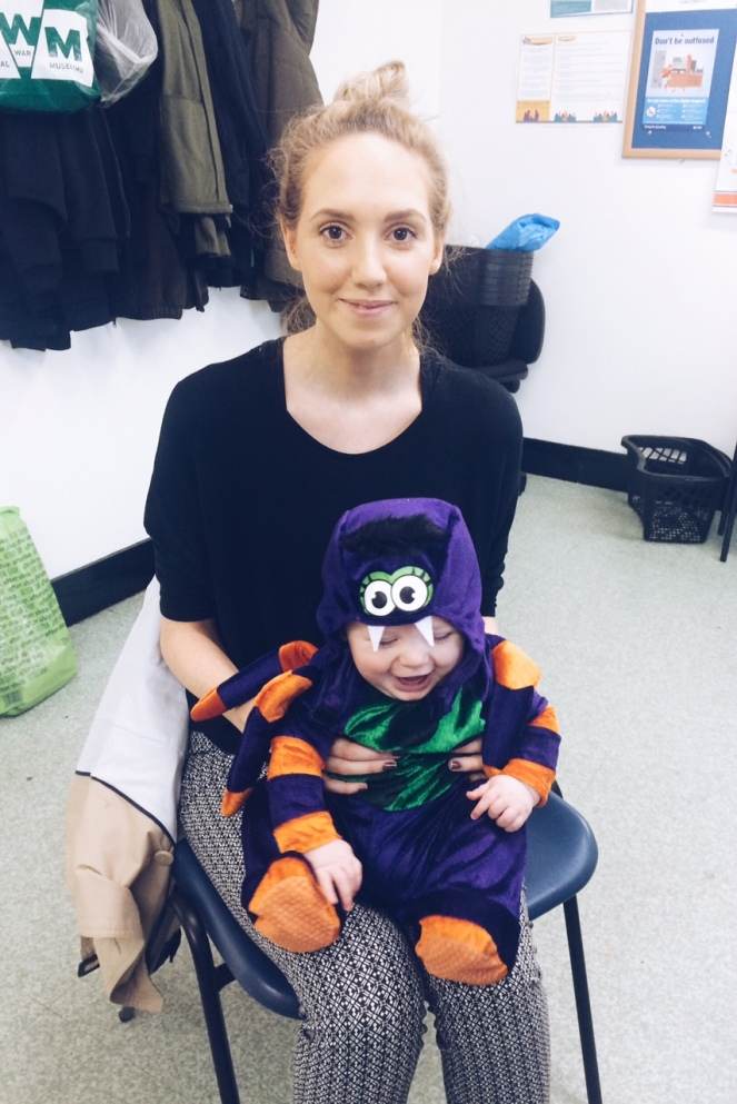 halloween_spider_baby_mum